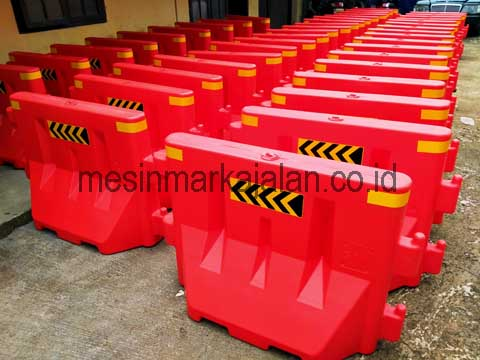 Road Barrier Plastik